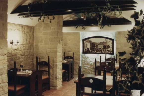 Hotel Bravo - interiér kavárny, Česká Třebová